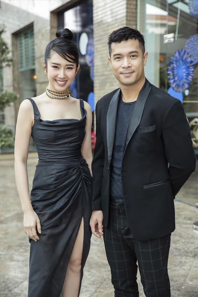 Hiếm hoi đăng ảnh Trương Thế Vinh, Thúy Ngân lộ dấu vết hẹn hò-8