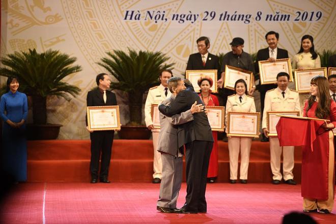 Cố NSND Trần Hạnh: Sự nghiệp đáng nể, 90 tuổi vẫn thích được đi diễn-6