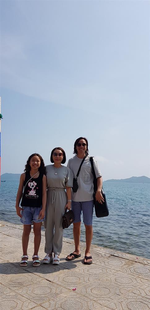 Vợ chồng Việt Hương vi phạm luật giao thông-2