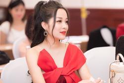 'Vàng Anh' Minh Hương: Tuổi 39 mà ngỡ 'em chưa 18'