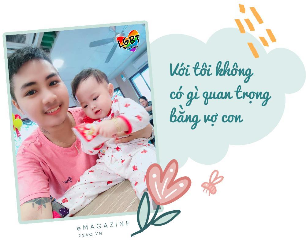 4 tháng gà trống nuôi con của người đàn ông Việt Nam đầu tiên mang thai-11