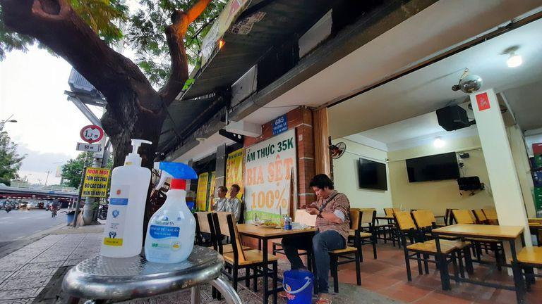 Hải Phòng cho phép mở lại nhà hàng quán ăn và các lễ hội-1