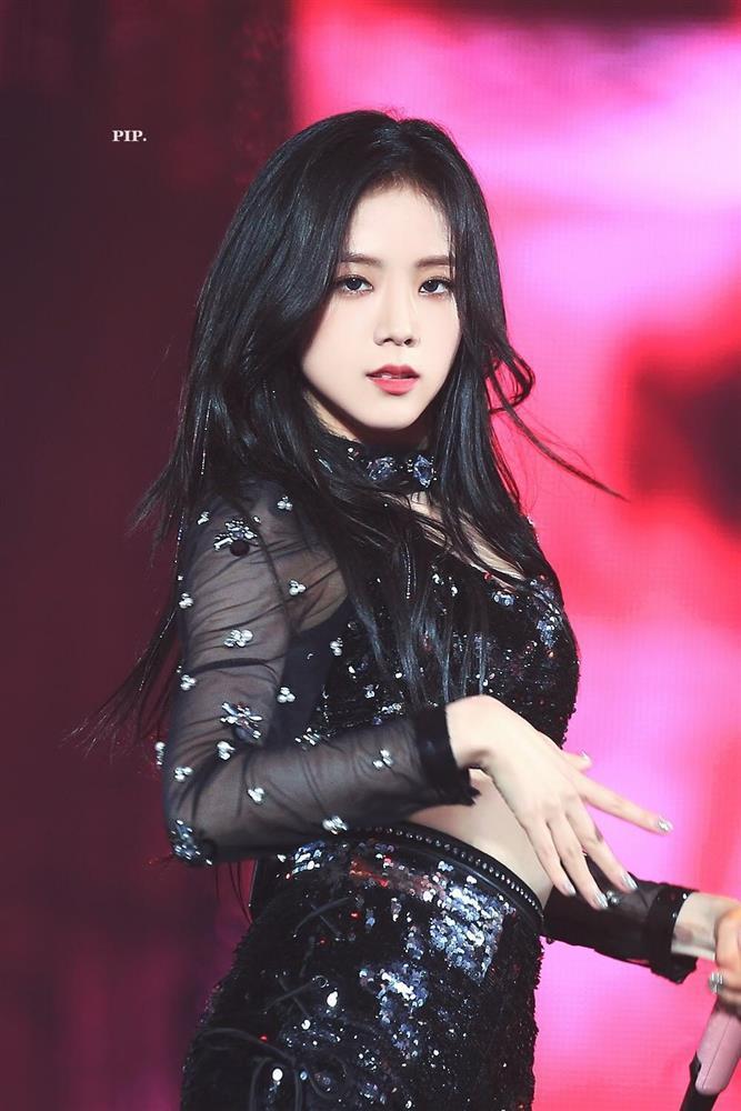 Bác sĩ thẩm mỹ nhận định BLACKPINK Jisoo đẹp hoàn hảo nhất-4