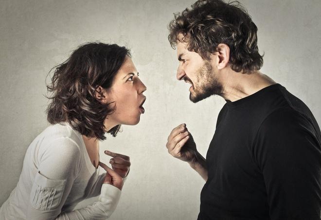 Người chồng Trung Quốc nhiều lần bị vợ bạo hành-1