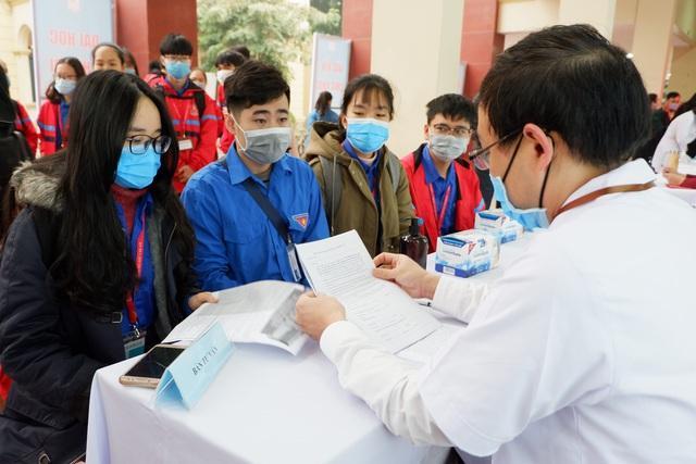 Tuyển 120 tình nguyện viên tiêm thử vắc xin Covid-19 thứ 2 của Việt Nam-2