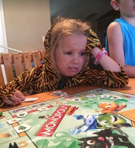101 kiểu bày tỏ cảm xúc khó chịu ra mặt của lũ trẻ khiến bạn không thể nhịn cười-4