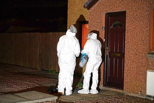Cụ bà không tiêm vaccine Covid-19, cảnh sát đến nhà phát hiện cảnh ám ảnh-2