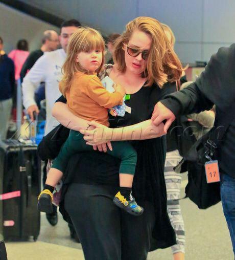 Adele hoàn tất thủ tục ly hôn, phân chia khối tài sản 195 triệu USD-3