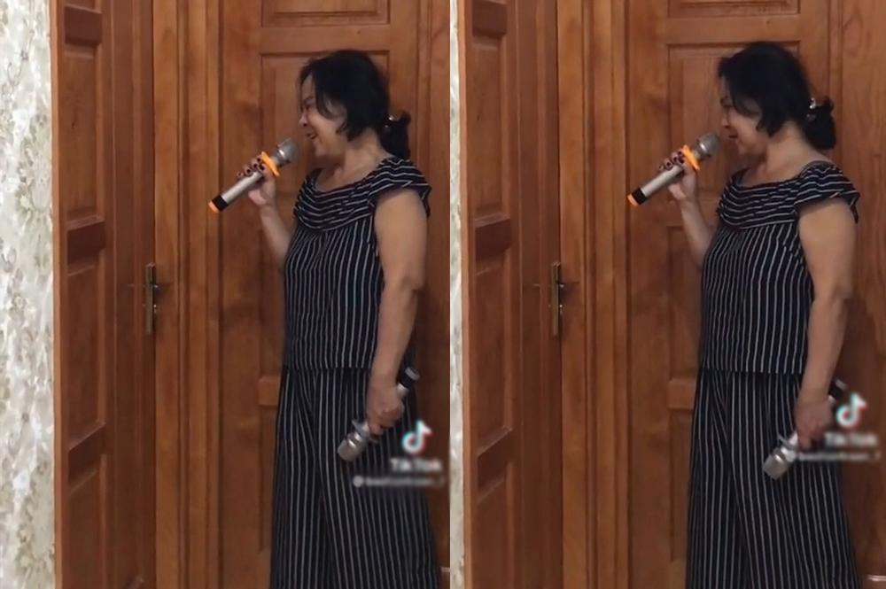 Cười sặc bà nội cầm micro lên tận phòng nhắc cháu gái lười rửa bát-1