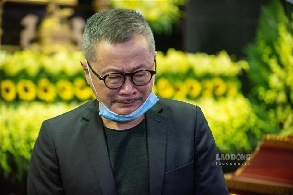 NSƯT Chí Trung cùng nhiều nghệ sĩ ngậm ngùi tiễn biệt bố Trần Hạnh-8
