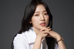 Park Shin Hye xử lý mạnh tay kẻ phỉ báng