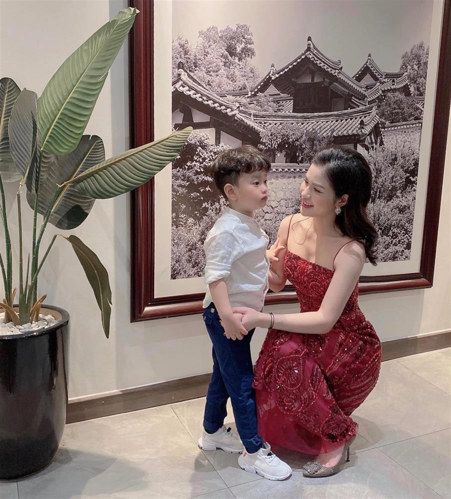 Việt Anh gặp lại vợ cũ-2