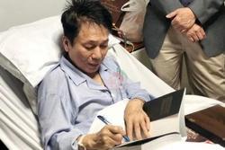 Nhạc sĩ Phú Quang sức khỏe yếu phải nhập viện, thở bằng máy