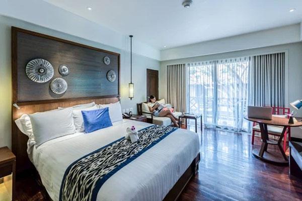 Dân mạng té ngửa vì dùng sai mục đích tấm khăn trải cuối giường trong các khách sạn-2