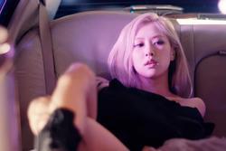 Rosé BLACKPINK tung teaser MV vừa giật vừa lag, có hát mà như không