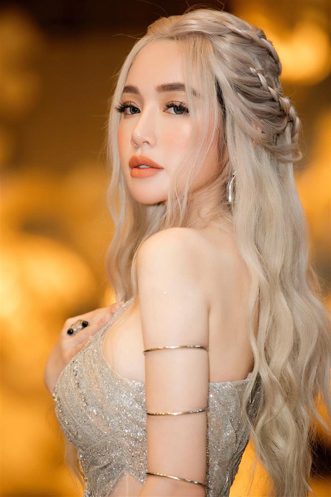 Elly Trần nhuộm tóc bạch kim: Từ ngầu đét đến hóa tiên nữ-6