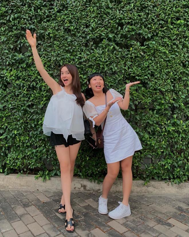 Tuyệt chiêu hack dáng của cô nàng 3 mét bẻ đôi Kaity Nguyễn-8