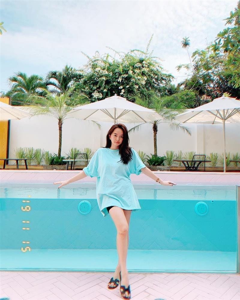 Tuyệt chiêu hack dáng của cô nàng 3 mét bẻ đôi Kaity Nguyễn-7