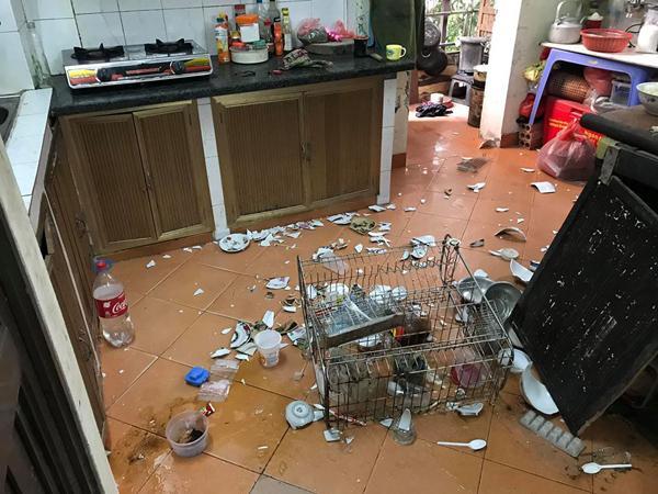 Sang chấn tâm lý khi nhìn thấy bãi chiến trường tụi trẻ tạo ra trong bếp-1
