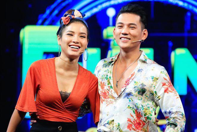 Phương Trinh Jolie hẹn hò diễn viên Lý Bình-1