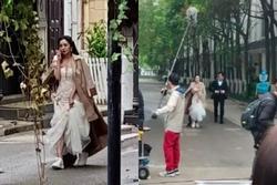 Dương Mịch cưới 'phi công' Hứa Khải nhưng mặt nhà gái sao giống 'đánh lộn'?