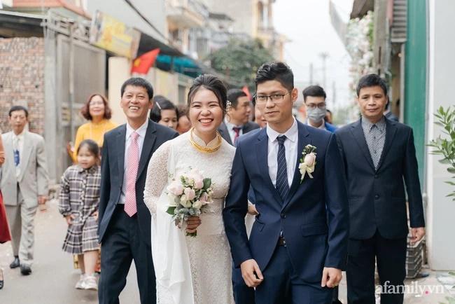 Hành động quá khích của cô dâu 30 tuổi: Cặp đôi bật mí về đêm tân hôn làm điều có 1-0-2-4