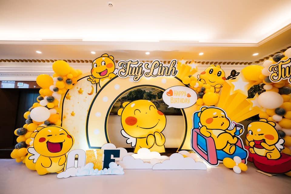 Tiệc sinh nhật 1 tuổi chuẩn rich kid của cháu gái Trấn Thành-4