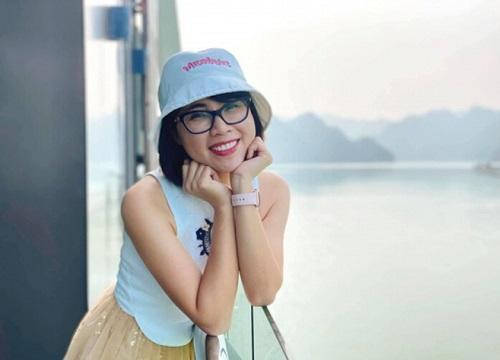 Hai món phụ kiện bất di bất dịch của Youtuber Thơ Nguyễn-4