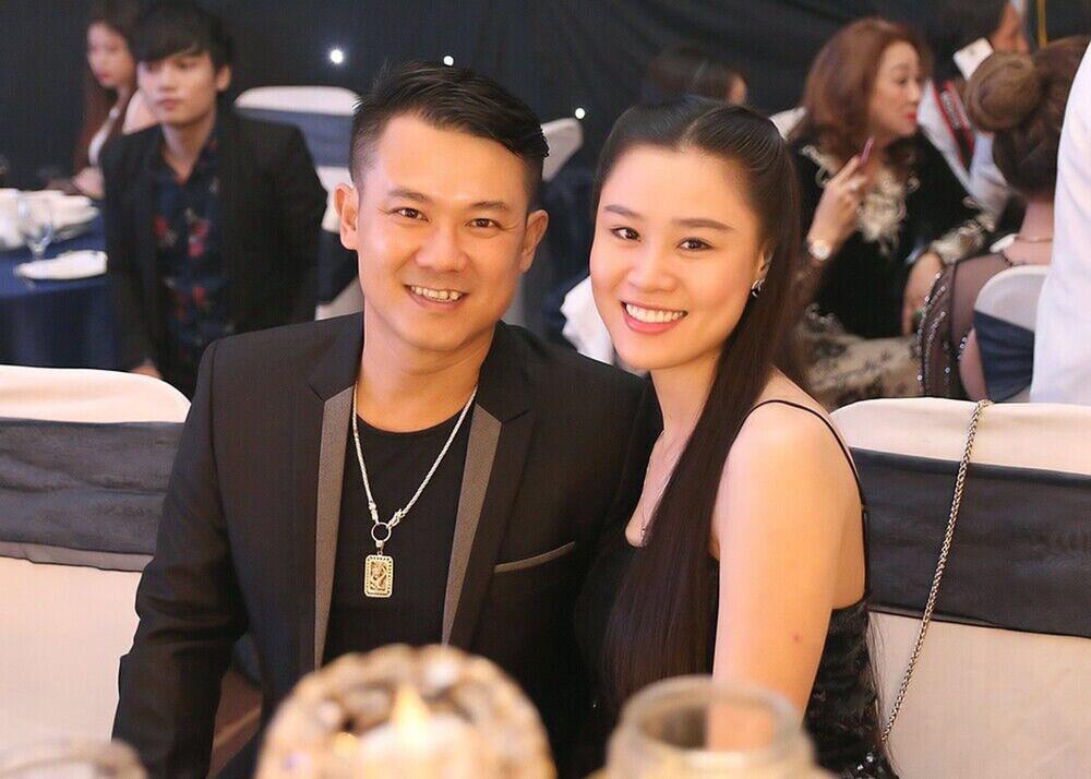 Chị Vân Quang Long nói về bữa tiệc thác loạn cúng 49 ngày em trai-3