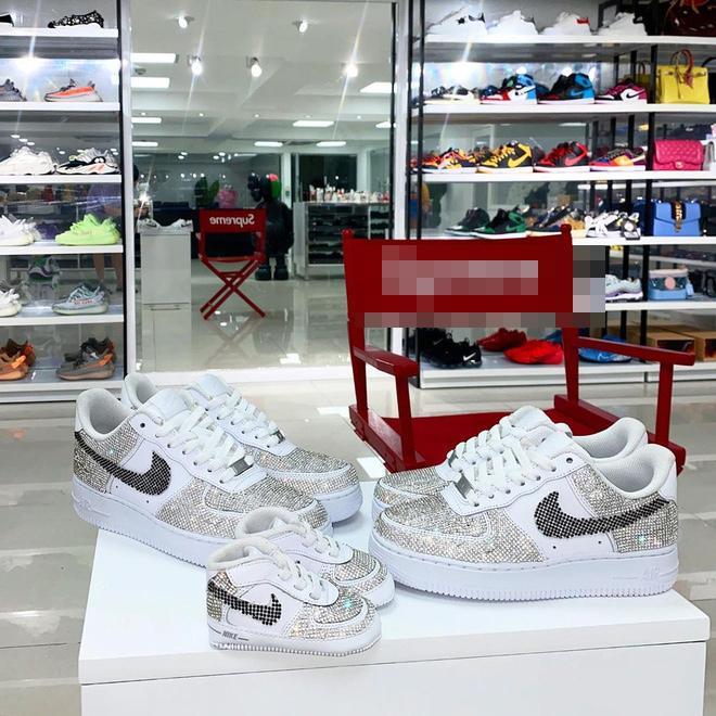 Con gái Minh Nhựa sắm giày hiệu nhưng phải đủ các màu-7
