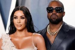 Kanye West từ chối nói chuyện với Kim