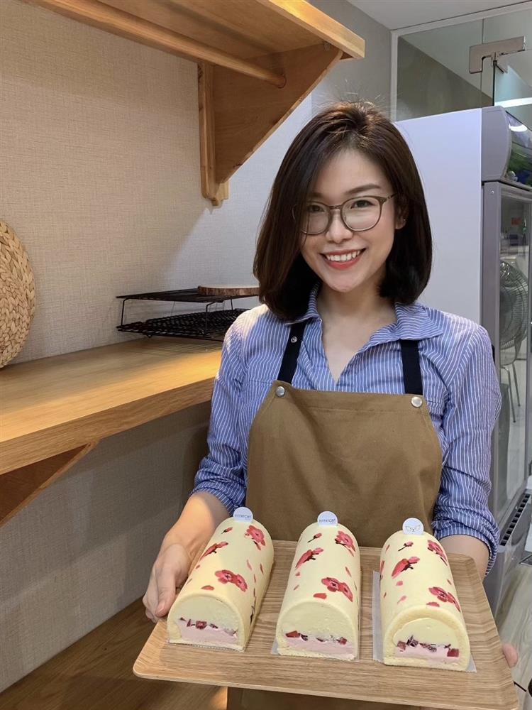 Mẹ Sài Gòn khoe loạt bánh bông lan cuộn nhìn đẹp phát hờn, sao mà nỡ ăn-1