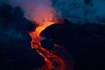 Ngọn núi lửa cao 4.750 m phun trào ở Nga