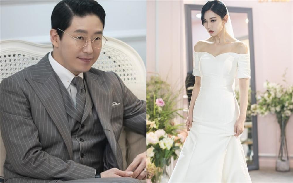 Điều gì khiến ác nữ Cheon Seo Jin quỳ gối trong tập 7 Penthouse 2?-7