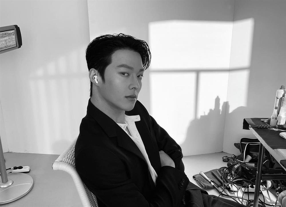 Chân dung Jang Ki Young - người tình mới của Song Hye Kyo-2