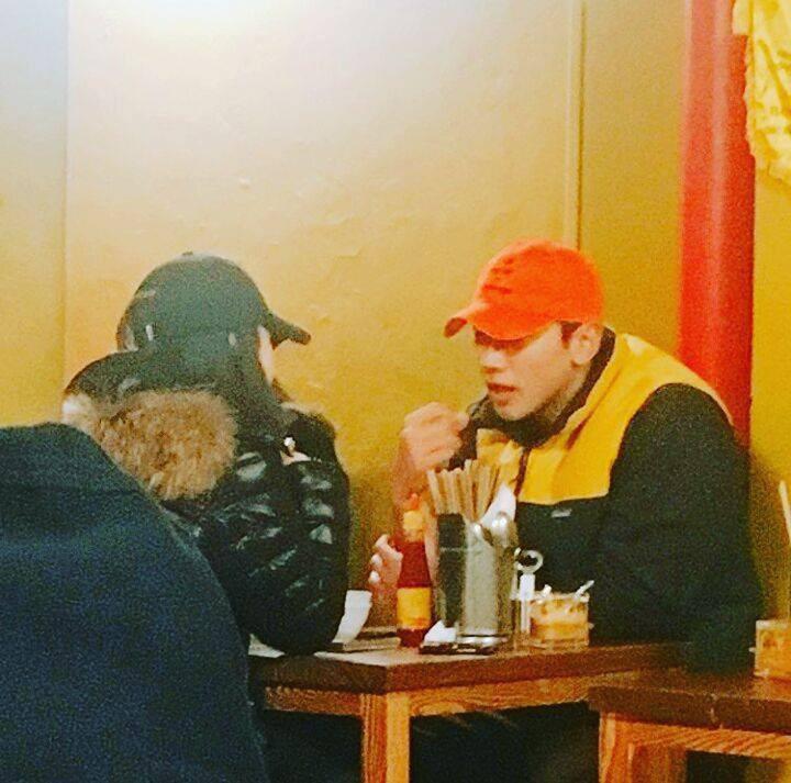 Bi Rain và Kim Tae Hee đi ăn ở quán Việt-2
