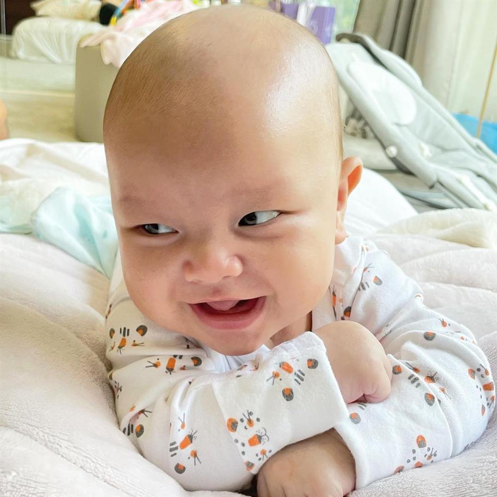 Thông tin chưa được Hà Hồ công bố lúc sinh song thai-6