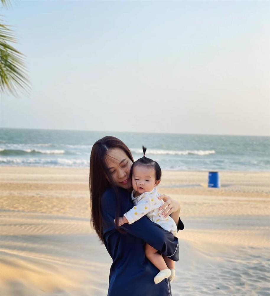 Đàm Thu Trang khoe body đẹp phát hờn, chặt nát mọi chê bai xuống sắc-5