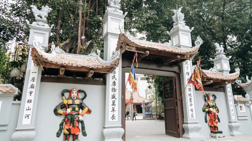 2 thanh niên rủ nhau đi chùa Hà cầu duyên và cái kết cười ra nước mắt-1