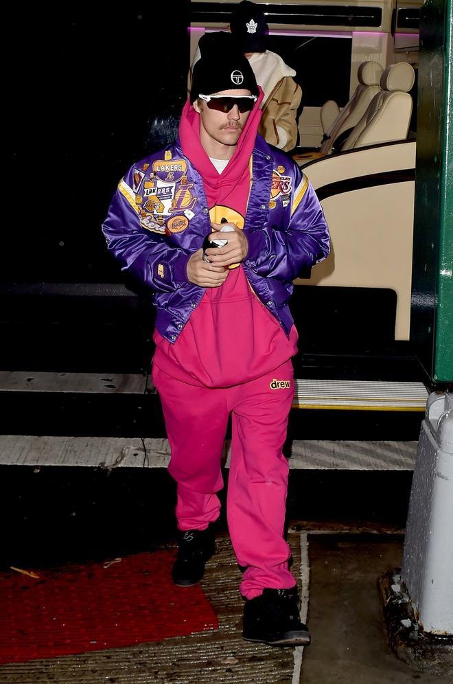 Justin Bieber thay đổi ngoại hình khi ăn mặc chỉn chu