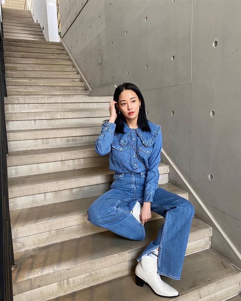 Style sao Hàn: Lee Da Hee trẻ trung, ác nữ Penthouse diện đồ bình dân vẫn sang chảnh-5