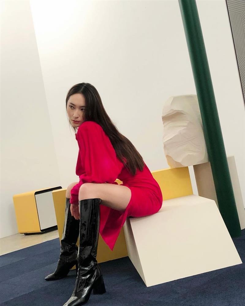 Style sao Hàn: Lee Da Hee trẻ trung, ác nữ Penthouse diện đồ bình dân vẫn sang chảnh-7