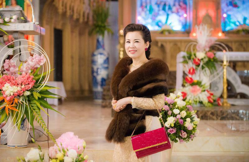 Cô dâu 200 cây vàng tổ chức tiệc sinh nhật chuẩn rich kid cho con gái 1 tuổi-3