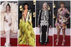 Thảm đỏ Grammy 2021: Người hở ngực bạo - kẻ mặc cả 'chăn' đến sự kiện