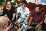 Vợ hai Vân Quang Long tặng lại 100 triệu cho bố mẹ chồng-5