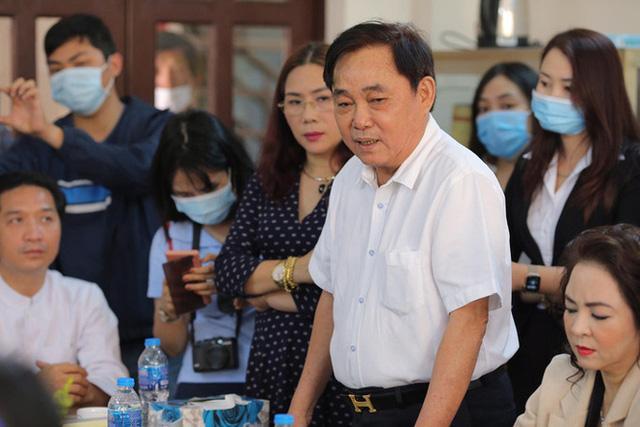 Vợ ông Dũng Lò Vôi từ chối nhận lại 200 tỷ bị Võ Hoàng Yên lừa đảo-3