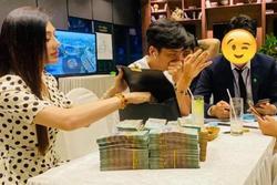 Lâm Khánh Chi tuyên bố 'trúng xô' 10 tỷ, 1 phút sau vội xoá bài
