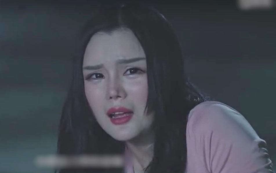 Những người đẹp bị chê khi vào vai Phan Kim Liên-6