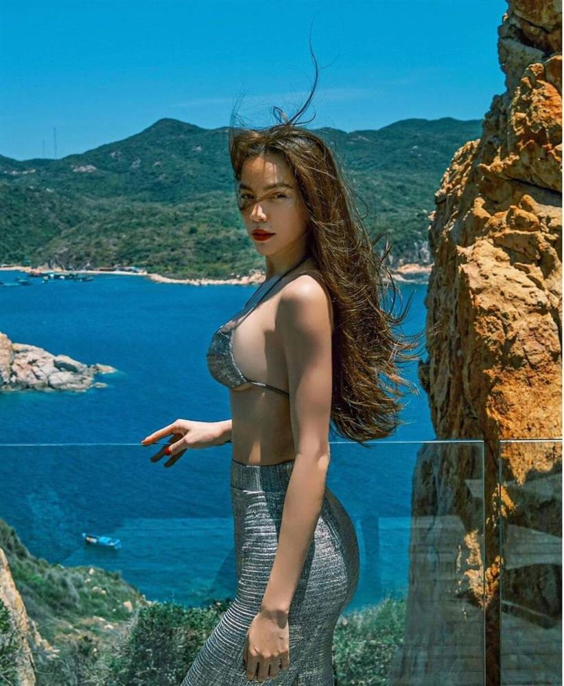 Hồ Ngọc Hà diện bikini khoe vòng 1 căng đét chuẩn bỉm sữa-2