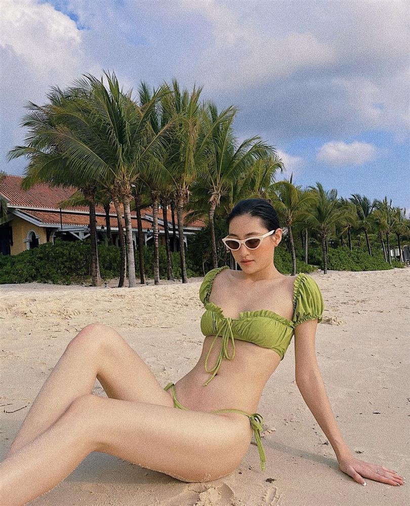 Sao Việt diện bikini: Lan Ngọc body nuột nà, Quỳnh Anh Shyn tạo dáng phản cảm-6